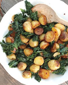 Skillet Potatoes with Greens - #vegan ...got all of these in this week's csa-- this is a life-saver!