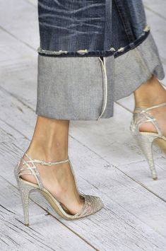 Ralph Lauren Spring 2010 ---just something about this.....Love