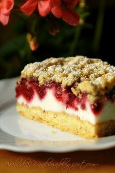 Kruche ciasto z malinami i budyniową pianką Raw Food Recipes, Baking Recipes, Sweet Recipes, Cake Recipes, Dessert Recipes, Polish Desserts, Polish Recipes, Different Cakes, No Bake Cake