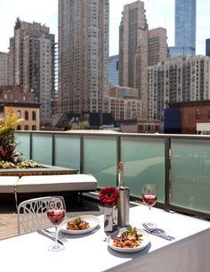 Best Rooftop Brunch Restaurants in Chicago