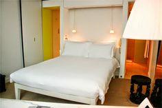 Domenique Mora: Philippe Starck- St Martins Lane Hotel