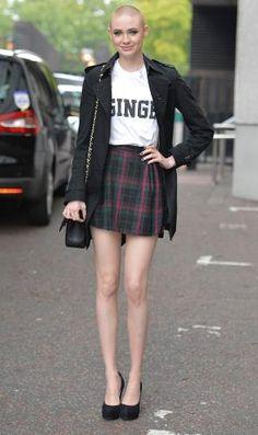 La falda de tartán o de cuadros 'brit' se ha convertido en prenda clave y se nos muestra con mil caras