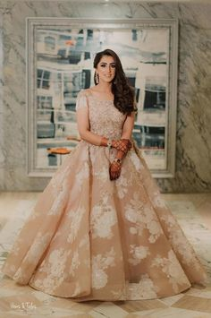Gorgeous beige engagement gown perfect for engagement. Indian Wedding Gowns, Indian Gowns Dresses, Bridal Gowns, Bridal Lehenga, Indian Bridal, Bride Indian, Engagement Dress For Bride, Engagement Gowns, Indian Engagement