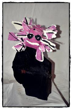 Gestion de la catastrophe - Disaster management - Daily life of creation - Quotidien de la creation -    References to: Gilles Deleuze Sur la peinture, Université Paris-VIII Gilles, Creations, Objects, Management, Crown, Sculpture, Paris, Artwork, Jewelry