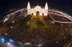 Feria de Sevilla. Portada de la Feria de Sevilla 2015