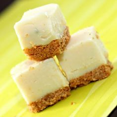 This Key Lime Fudge looks awesome- combines two of my FAVORITE things: fudge and key lime pie.