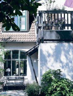 Wisuella |  #outdoors #danish #garden #panthella #louispoulsen #toldbod #femina