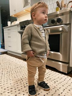 Toddler Boy Sneakers, Toddler Boy Outfits, Toddler Boys, Kids Outfits, Boys Joggers, Joggers Outfit, Toddler Cardigan, Chunky Cardigan, Carrie Bradshaw Lied