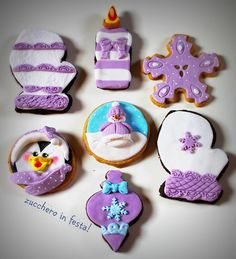 Lilla Christmas cookies, pretty with the purple.