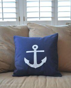 DIY Anchor Pillow by MakeLifeLovely.com   Home Decor Pillows