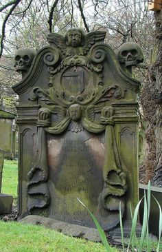 The elaborate headstone of Samuel Gilbert with Masonic iconography, cemetery of the Church of St. Cuthbert in Edinburgh, Scotland Cemetery Monuments, Cemetery Statues, Cemetery Headstones, Old Cemeteries, Cemetery Art, Graveyards, Angel Statues, Memento Mori, Unusual Headstones
