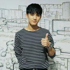 Mingyu Woozi, Wonwoo, Jeonghan, Mingyu Seventeen, Seventeen Debut, Rapper, Kim Min Gyu, Korea, Pledis 17