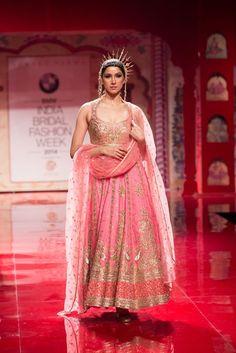 Indian & Pakistani Bridal Anarkali Suits 2015-2016 Collection | StylesGap.com