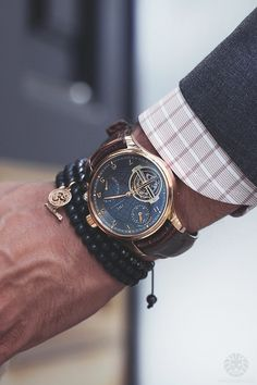 Browse through this large list of gentleman watch brands and admire the beauty and craftsmanship in this line up. Who knows, this list may help you find your next watch. Iwc Watches, Cool Watches, Unique Watches, Wrist Watches, Vintage Watches, Style Masculin, Luxury Watches For Men, Beautiful Watches, Men's Accessories