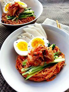 Korean spicy somen noodle (bibim gook su)