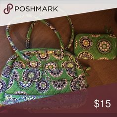 Vera Bradley Bowler Bag with wallet Like New Like new condition Vera Bradley bag and wallet Vera Bradley Bags