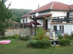 Villa Kalin, Veliko Tarnovo, Bulgaria http://www.holidaysaccommodations.com/property/841/overview/villa-kalin