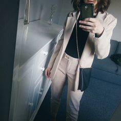✴ #totallook #womensuit #outfit #ootd #lotd #fashion #beige #polishgirl #girl #look #classy #brunette