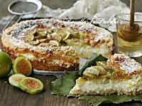 Torta Smeralda, con fichi, miele e ricotta. Ricetta semplice