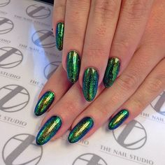 Gorgeous blue, green and gold multichrome foil nails: WOW, iridescent beetle wings!