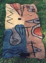 Image result for nuno felted rugs Nuno Felting, Needle Felting, Wool Felting, Wet Felting Projects, Felt Wall Hanging, Wool Embroidery, Felt Decorations, Felt Brooch, Felt Fabric