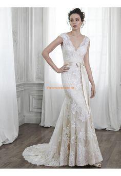 Robe de mariée Traine Courte Dentelle Luxueux Col En V Empire