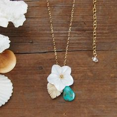 14 Kgf Sea Shell Flower Necklace Mother of Pearl 14 by MoanaShell