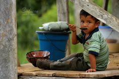 Sencillez y humildad son sinónimo de riqueza y felicidad. by Carlos Sirfierro