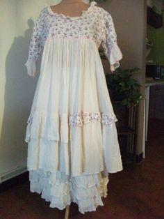 robe-40-46-couleur-les-ours-romantique-boheme-de-ma-creation Jolie tenue Marie Christine ***
