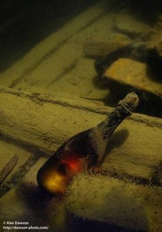 Recovering the world's oldest champagne - Åland - © Alex Dawson - http://dawson-photo.com/