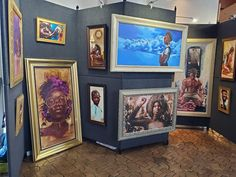 An image of the artist Thomas Williams setup at the Southwest Fine Art Show in Dallas, TX. He does some amazing work. Thomas is now based in Atlanta, GA but is originally from Chicago, Illinois. #blackart #chicago #atlanta #dallas #fineart #art...