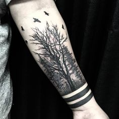 40 creative forest tattoo designs and ideas tattoos dövme fi Arm Tattoos For Guys, Trendy Tattoos, Unique Tattoos, Leg Tattoos, Body Art Tattoos, Tribal Tattoos, Small Tattoos, Sleeve Tattoos, Tattoos For Women