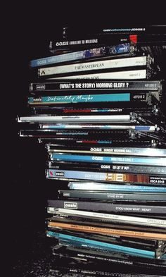 Oasis: Albums and singles. Oasis Lyrics, Oasis Music, Music Aesthetic, Retro Aesthetic, Banda Oasis, Oasis Album, Iphone Wallpaper Music, Oasis Band, Indie Photography