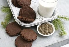 12 DAYS OF HOLIDAY COOKIES: Recipe for chocolate black pepper sable - Washington Post | Candy Buffet Weddings and Events | Scoop.it