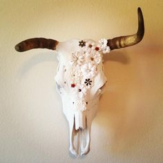 Daisy Taylor www.etsy.com/shop/abone2pick authentic cow skull with paper daisies  cow skull decor, cow skull, cow skull art, wall decor, deer skull, skulls, animal skulls