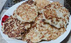 Tortillitas de cauliflower Cauliflower, Pancakes, Vegetables, Breakfast, Food, Food Cakes, Morning Coffee, Cauliflowers, Essen