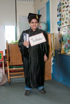 The word is SCHOLAR for this Vocabulary Parade! More ideas at debrafrasier.com. #vocabularyparade Kindergarten Vocabulary, Vocabulary Parade, Vocabulary Words, Teacher Costumes, Halloween Costumes, Dr Seuss Week, School Info, Dress Up Day, 4th Grade Classroom