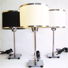 Lampara Velador Moderno Con Pantalla Borde De Acero Espejo - $ 390,00