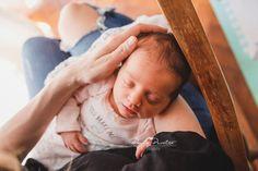 """84 Me gusta, 8 comentarios - 📷 Sesiones y Cursos Newborn 📷 (@paulaperaltafotografia) en Instagram: """"📷 Sesiones newborn y pandemia 🦠 Hace unos días les contaba que por el momento no estoy haciendo…"""" Instagram, Home, Photo Reference, Newborns, Bebe"""