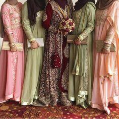 Wedding Hijab Styles, Hijab Wedding Dresses, Bridesmaid Dresses, Bridesmaids, Modest Fashion, Hijab Fashion, Fashion Dresses, Moroccan Bride, Hijab Outfit