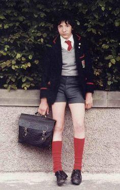 Auf Bing von www.pinterest.com gefunden Cute 13 Year Old Boys, Young Cute Boys, Cute Teenage Boys, Teen Boys, Teenage Boy Fashion, Young Boys Fashion, Beautiful Boys, Pretty Boys, School Shorts