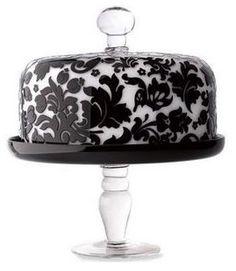 Damask cake pedestal