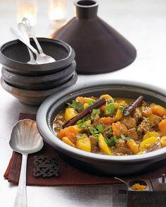 Rezept für Lamm- Kartoffel-Tajine mit Safran bei Essen und Trinken. Ein Rezept für 8 Personen. Und weitere Rezepte in den Kategorien Gewürze, Kartoffeln, Lamm, Hauptspeise, Suppen / Eintöpfe, Schmoren, Afrikanisch, Gut vorzubereiten, Raffiniert.