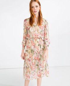Editor's Choice: 5 Dress Cantik untuk Menghadiri Pesta Pernikahan