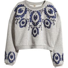H&M Embroidered sweatshirt (305 DKK) ❤ liked on Polyvore featuring tops, hoodies, sweatshirts, grey, sweatshirts hoodies, gray top, h&m sweatshirt, short tops and embroidered top