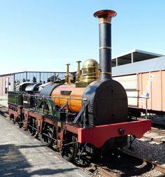"""De Arend"" Spoorwegmuseum Utrecht Old Steam Train, Old Wagons, Rail Transport, Old Trains, Train Engines, Rolling Stock, Steamers, Jet Ski, Steam Engine"