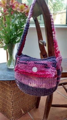 Shoulder Bag Straw Bag, Knitwear, Shoulder Bag, Unique, Bags, Design, Fashion, Handbags, Moda