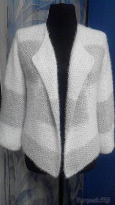 Мягкий Жакетик Cardigan Pattern, Sweater Knitting Patterns, Knitting Socks, Hand Knitting, Crochet Patterns, Knitting Projects, Crochet Projects, Stylish Coat, Cold Shoulder Blouse