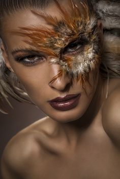 Feathers Bodypainting & Makeup