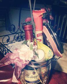 """33 Likes, 3 Comments - Anna (@fraeulein.anna.blume) on Instagram: """"Candlelight-Dinner im Glas  #hochzeitsgeschenk #selbstgemacht #geschenkidee #hochzeit #glas…"""""""